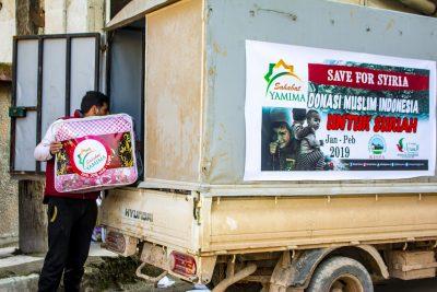 Penyaluran Bantuan Bedcover untuk Keluarga di Suriah